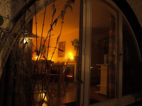 Haus de Paoli - Ferienwohnung - von der Terrasse aus bei Nacht